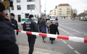 Οι αυτόκλητοι ακροδεξιοί σερίφηδες στους δρόμους του Βερολίνου