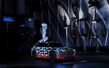 Ένα εντυπωσιακό πείραμα με το Audi e-tron