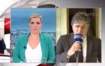 Απίθανο στιγμιότυπο στην ΕΡΤ με δημοσιογράφο που νόμιζε ότι ήταν εκτός αέρα