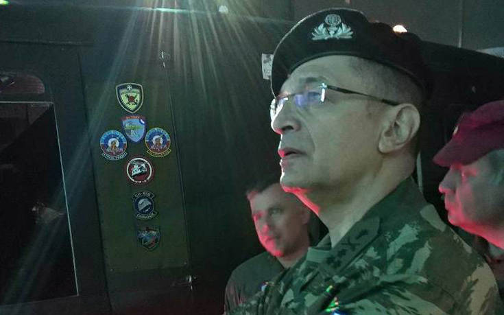 Στο αεροδρόμιο Μεγάρων ο αρχηγός του Γενικού Επιτελείου Στρατού