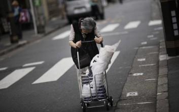 Συγκλονίζουν οι ηλικιωμένες στην Ιαπωνία που θέλουν να μπουν φυλακή για τον πιο θλιβερό λόγο