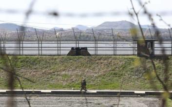 Η Σεούλ μειώνει τα φυλάκια στα σύνορα με τη Βόρεια Κορέα