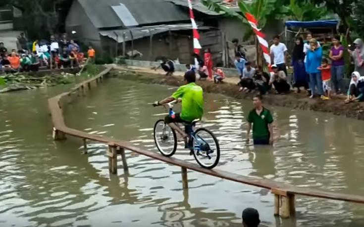 Πόσο δύσκολος μπορεί να γίνει ένας αγώνας ποδηλάτου;