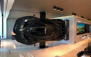 Το hypercar των 2,3 εκατομμυρίων ευρώ που έγινε έργο τέχνης σε σαλόνι