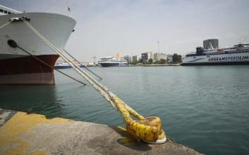 Γυναίκα ξεψύχησε μέσα στο πλοίο