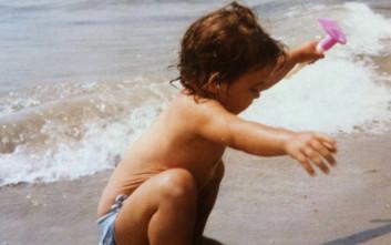 Η φωτογραφία των παιδικών χρόνων και οι σκέψεις λίγο πριν γίνει 33 ετών