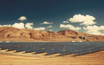 Οι Σαουδάραβες φτιάχνουν το μεγαλύτερο εργοστάσιο ηλιακής ενέργειας στον κόσμο!