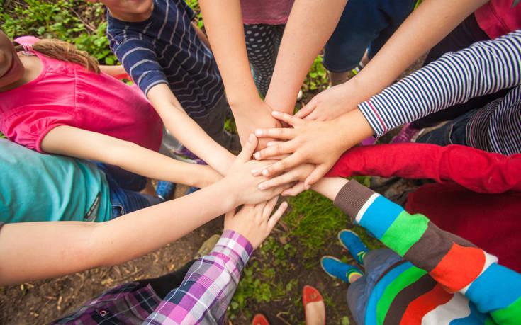 Παιδικές κατασκηνώσεις ΟΑΕΔ 2020: Ξεκινούν οι αιτήσεις – Οι δικαιούχοι