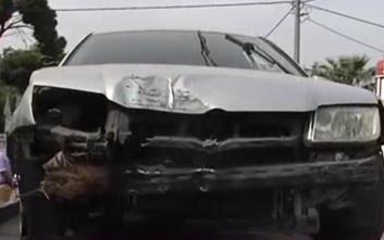 Αυτοκίνητο έπεσε σε στάση λεωφορείου στη Μεταμόρφωση