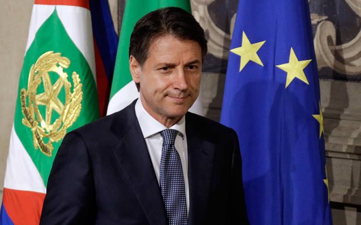 «Άνευ προηγουμένου» η απόκλιση του ιταλικού προϋπολογισμού κατά την Κομισιόν