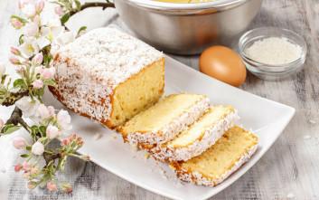 Λεμονάτο κέικ με ινδική καρύδα