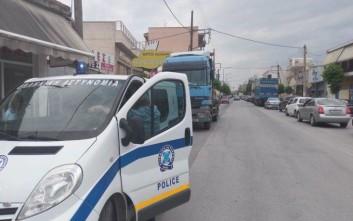 Νταλίκα παρέσυρε 82χρονη στη Λάρισα