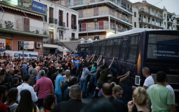 Mεγάλος αριθμός συλλήψεων για τα επεισόδια στη Μυτιλήνη