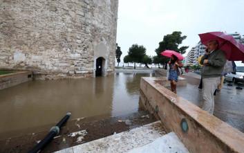 Αίτημα να κηρυχθεί άμεσα η Θεσσαλονίκη σε κατάσταση έκτακτης ανάγκης