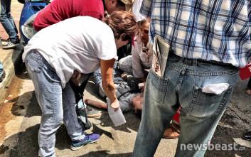 Γυναίκα λιποθύμησε στη συγκέντρωση έξω από το υπουργείο Υγείας