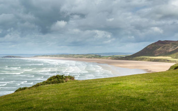ΑΚΤΗ ΘΑΛΑΣΣΑ Rhossili Bay South Wales
