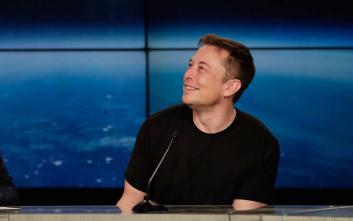 Ο Elon Musk αποκάλυψε το παλιό του password, έναν φόρο τιμής στον μεγαλύτερο αρωγό του