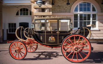 Με ανοικτή βασιλική άμαξα θα διασχίσουν το Ουίνδσορ ο Χάρι και η Μέγκαν