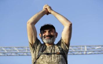 Πρώην δημοσιογράφος που έχει κάνει φυλακή ο νέος πρόεδρος της Αρμενίας