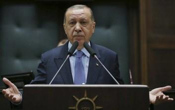 Αντιδρά η Άγκυρα για την εκστρατεία κατά του Ερντογάν στο Twitter