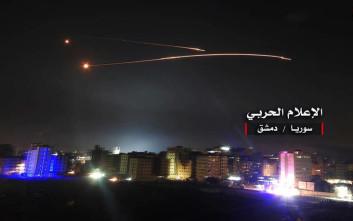 Η συριακή αντιαεροπορική άμυνα «απέκρουσε» επίθεση σε στρατιωτικό αεροδρόμιο