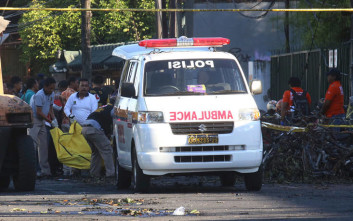 Τουλάχιστον είκοσι νεκροί από τον ισχυρό σεισμό στην Ινδονησία