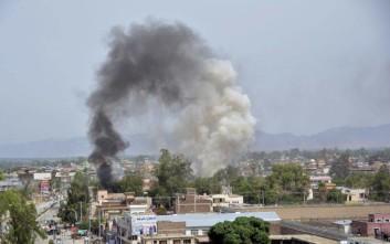 Έκρηξη και πυροβολισμοί στο Αφγανιστάν