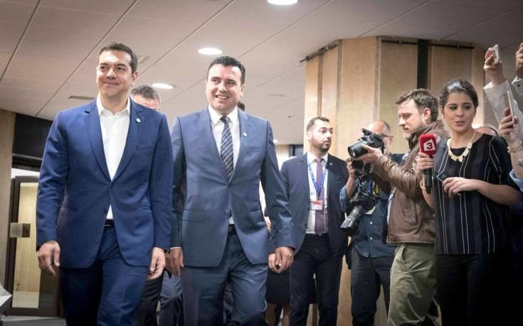 Ολοκληρώθηκε η συνάντηση Τσίπρα-Ζάεφ για το όνομα των Σκοπίων Το τετ α τετ έγινε στη Σόφια