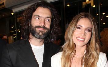 Οικονομάκου και Μιχόπουλος παντρεύονται με θρησκευτικό γάμο στη Μύκονο