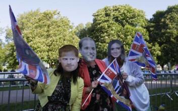 Πανζουρλισμός στη Βρετανία εν αναμονή του γάμου