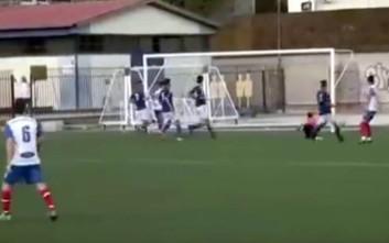 Η μπάλα πήγε στην εξωτερική πλευρά των δικτύων, αλλά ο ρέφερι έδωσε γκολ
