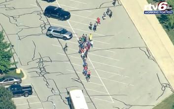 Πυροβολισμοί με τραυματίες σε σχολείο στην Ιντιανάπολη