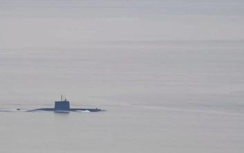 Τουρκικό υποβρύχιο έκανε... βόλτες στα στενά της Χίου