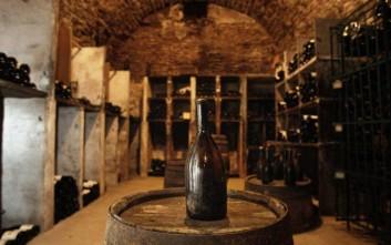 Σε δημοπρασία τα παλαιότερα μπουκάλια κρασί παγκοσμίως