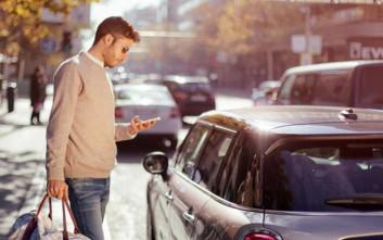 Η Mini λανσάρει την υπηρεσία Peer-to-Peer Car Sharing