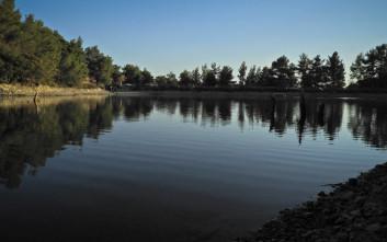 Η «άγνωστη» λίμνη στις πλαγιές της Πάρνηθας