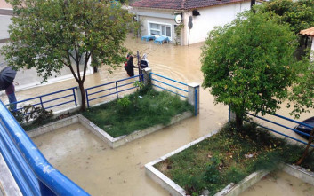 Πλημμύρισαν σπίτια και ξενοδοχεία στη Λευκάδα