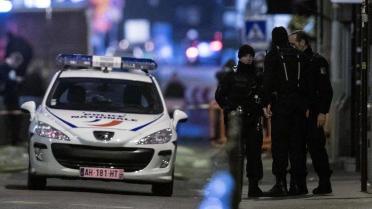 Ένας νεκρός από την επίθεση με μαχαίρι στο Παρίσι