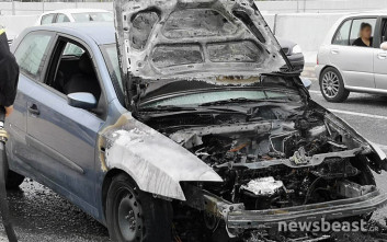 Αυτοκίνητο έπιασε φωτιά στο «Δαχτυλίδι» της Κηφισίας