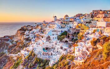 Οι Αμερικάνοι θέλουν όλο και περισσότερο να κάνουν πολυτελείς διακοπές στην Ελλάδα