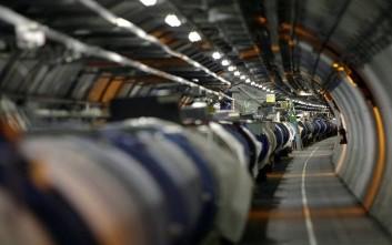 Άρχισαν οι εργασίες αναβάθμισης του μεγάλου επιταχυντή του CERN