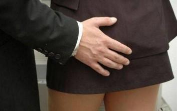 Καταγγελία εναντίον γιατρού ότι «χούφτωσε» μαθήτριες