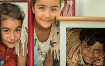 Ένας έφηβος πρόσφυγας μιλάει για τη ζωή του με εικόνες