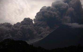 Δραματική παραδοχή από τις αρχές της Γουατεμάλα για την έκρηξη του Φουέγο