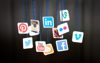 Facebook, Messenger και WhatsApp είναι οι εφαρμογές της δεκαετίας