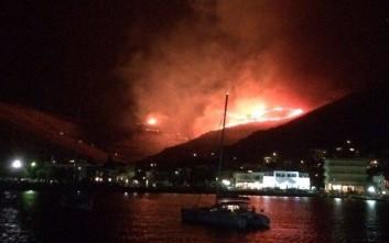 Μεγάλη πυρκαγιά σε εξέλιξη στην Τζια