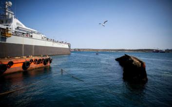«Το λιμάνι του Πειραιά θα καθαρίσει από τα ναυάγια»