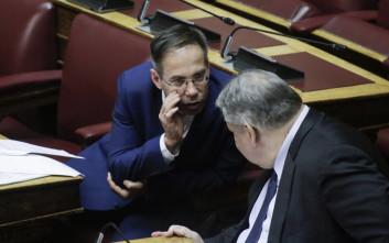 Μαυρωτάς: Ο Καμμένος θέλει και την καρέκλα της εξουσίας ζεστή και τη στολή του μακεδονομάχου φρεσκοσιδερωμένη