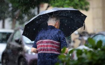 Λίγο κρατά το καλοκαίρι, από Τρίτη αλλάζει ο καιρός σε χειμωνιάτικα μοτίβα
