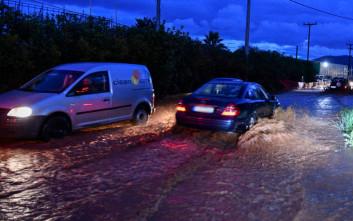 Γηρυόνης: Διακοπή κυκλοφορίας στη Θεσσαλονίκης - Καβάλας, πλημμυρισμένα σπίτια στη Χαλκιδική